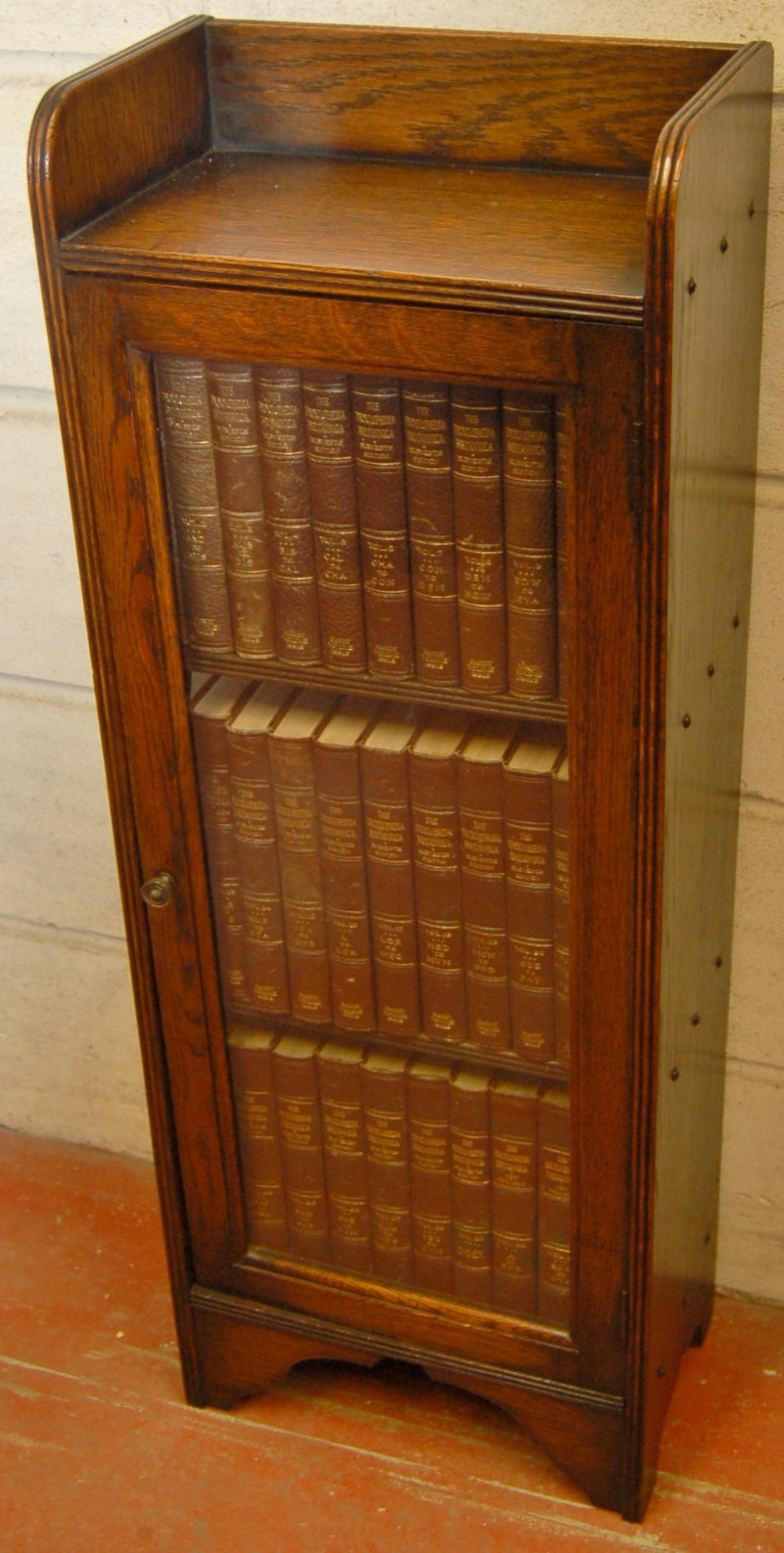 bookcase of encyclopedia britannica 1910